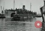 Image of American troops disembarking United Kingdom, 1918, second 5 stock footage video 65675029199